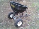 lawn_seeder_towable